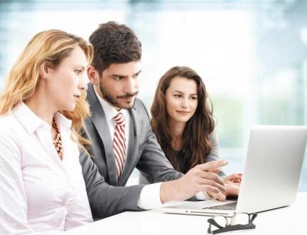 בדיקת הלוואה עם יועץ משכנתאות למשפחות